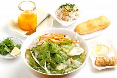 北千住 炒め野菜と生ハーブ野菜のフォーセット