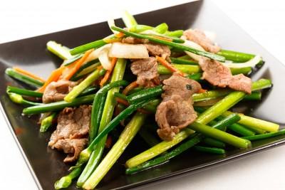 ニラの花と牛肉炒め8